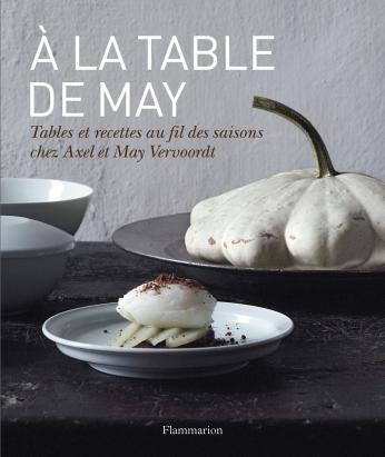 À la table de May